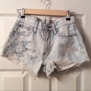 American Eagle Outfitters Shorts - SOLD